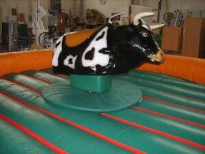 Alquiler toro mecanico en Alicante