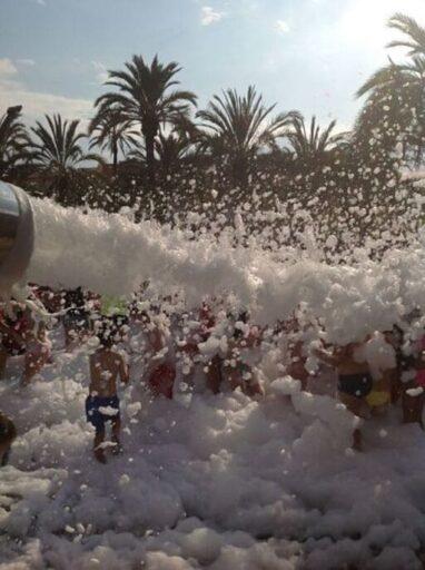 En este momento estás viendo Alquiler Fiesta de la Espuma en REDOVAN